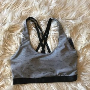 NWT Skechers Black Gray Solstice Padded Sports Bra